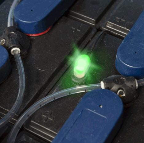 BasicBlinky elektolitszint-jelző