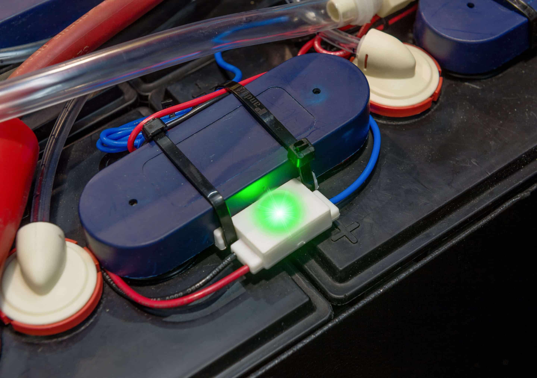 Smart Blinky vízszintellenőrző zöld lámpával